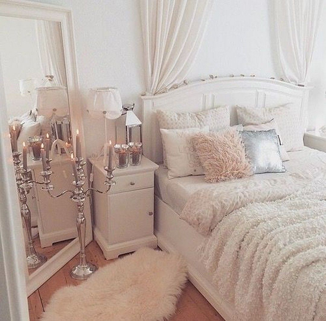 15 Gorgeous Classic Feminine Glam Bedroom Ideas