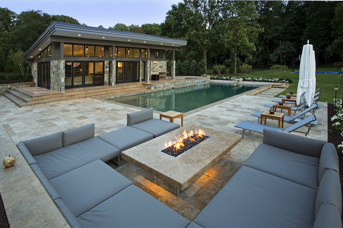 MODERN FIRE PIT OUTDOOR LOUNGE AND POOL HOUSE Outdoor