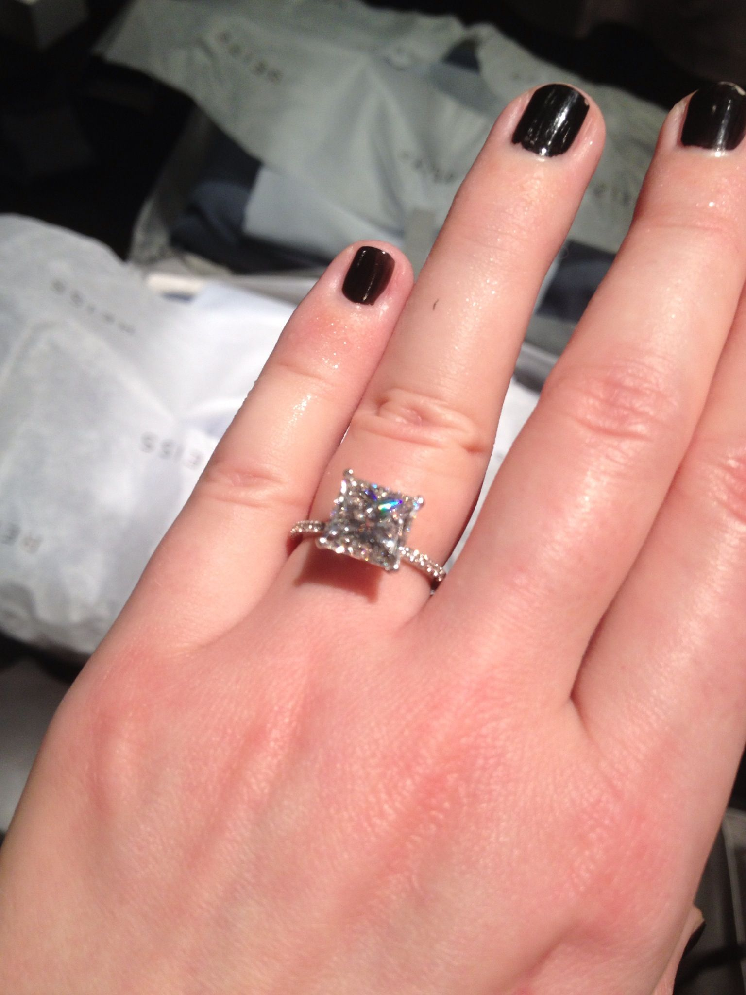 4.01 ct princess cut engagement ring *drool* Starting