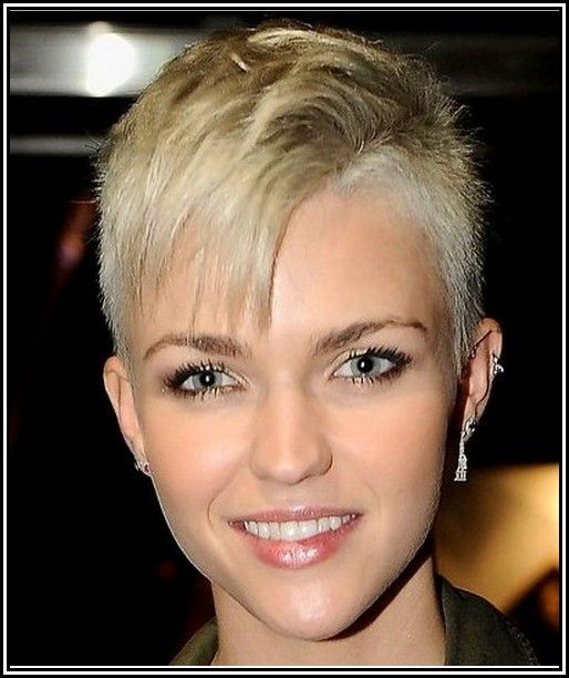 Womens  Short  Shaved  Sides Hairstyles  Hair and Nails