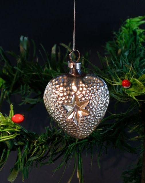 la pouyette o christmas tree ornaments 1910 1920 cool