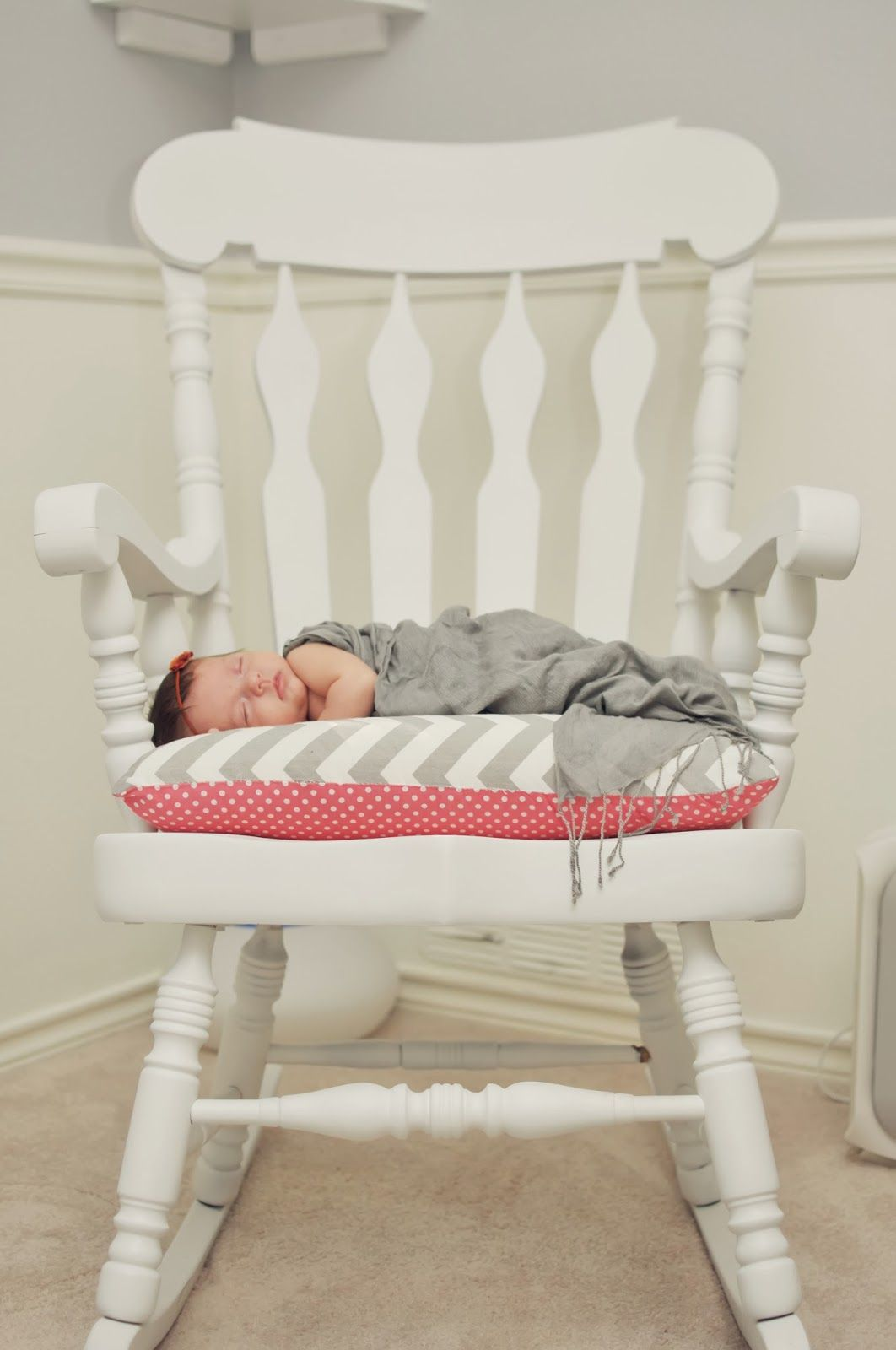 diy rocking chair with cushion baby Pinterest