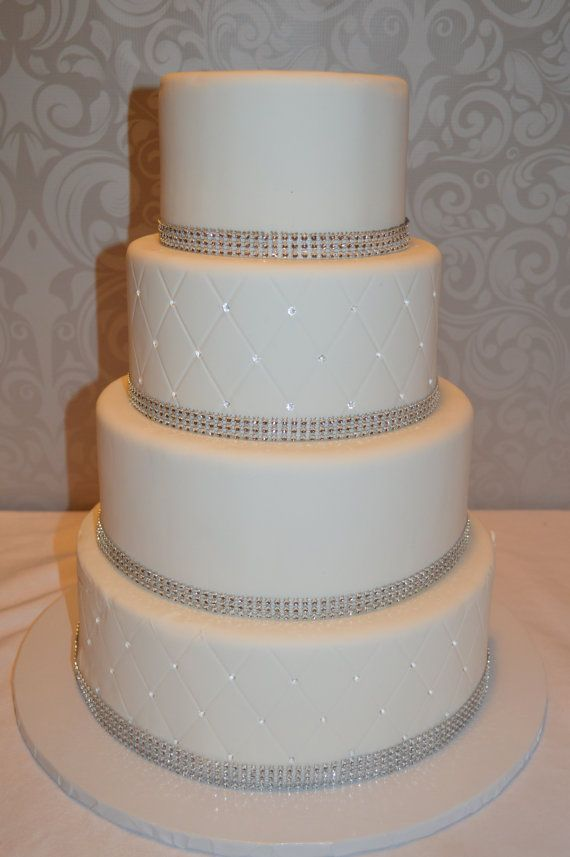 A 4 Tier Fondant Faux Wedding Cake Cake Comes In 6 8 10