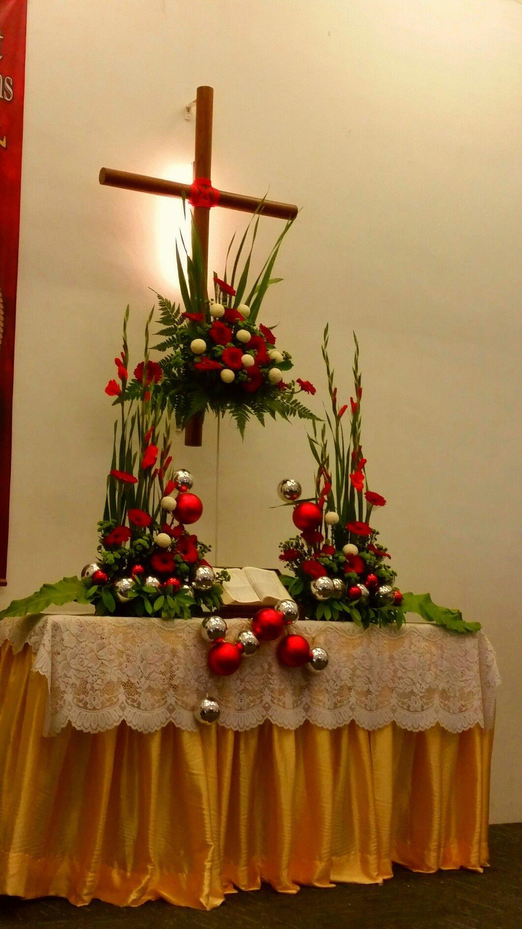 Christmas Altar Flower Arrangement 2016 EMCLC☆ Church