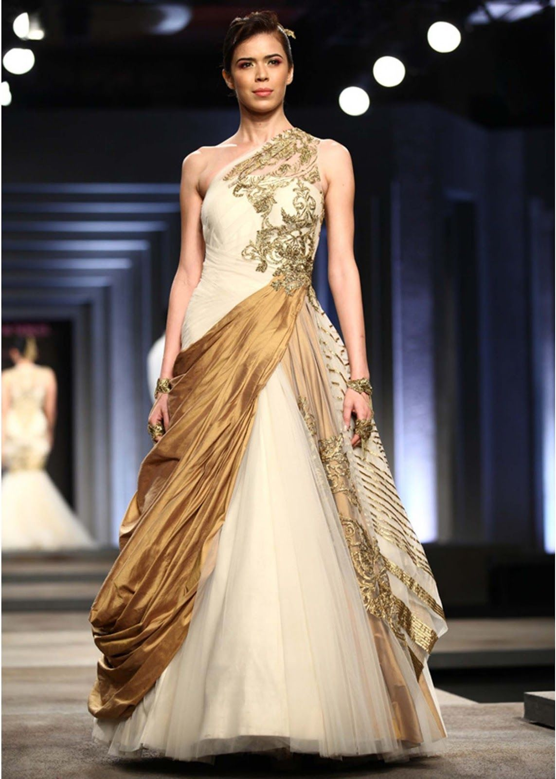 wedding gown dress indian fashion week...Wow, Love the