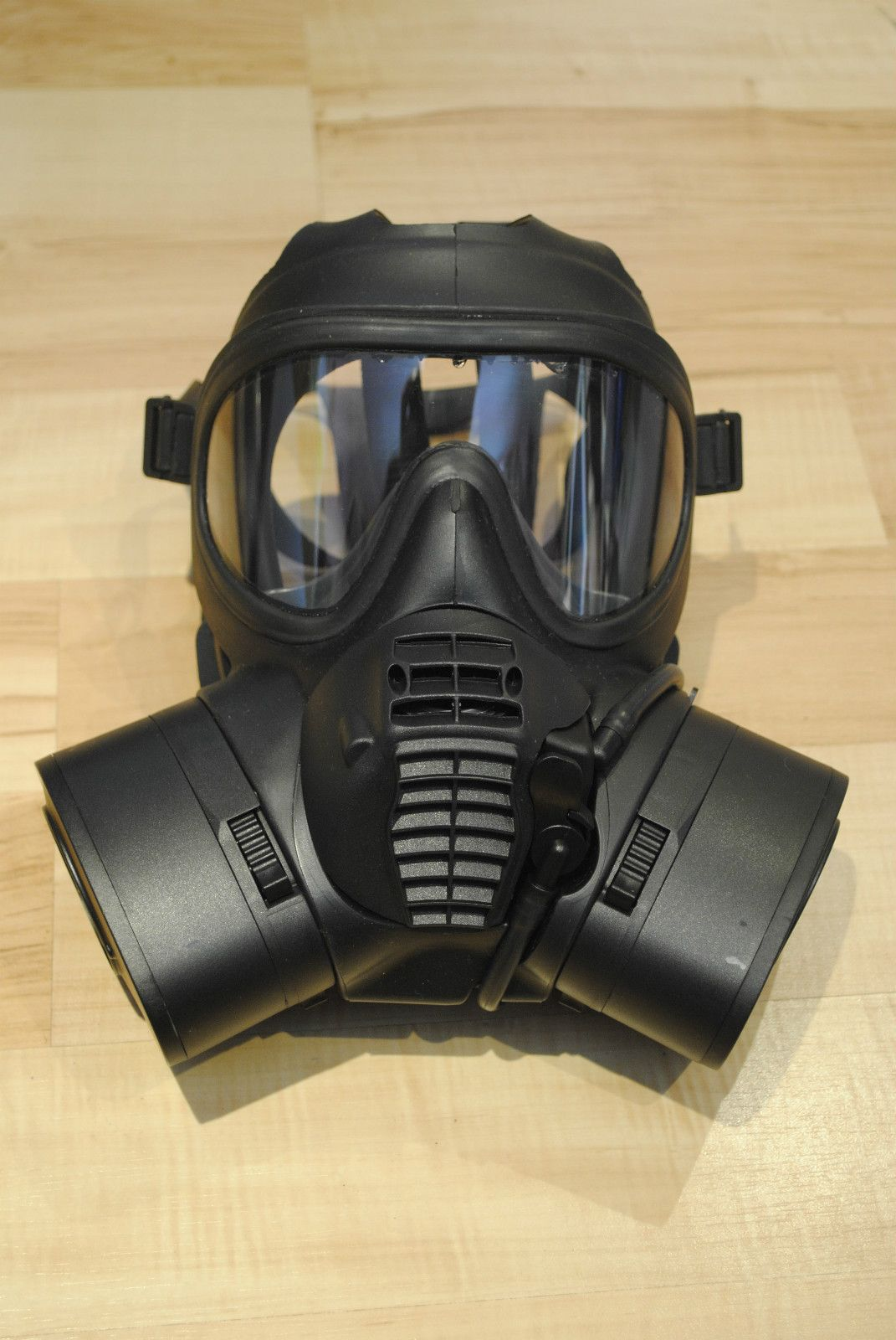 gas mask roulotte Pinterest Masking, Characters and