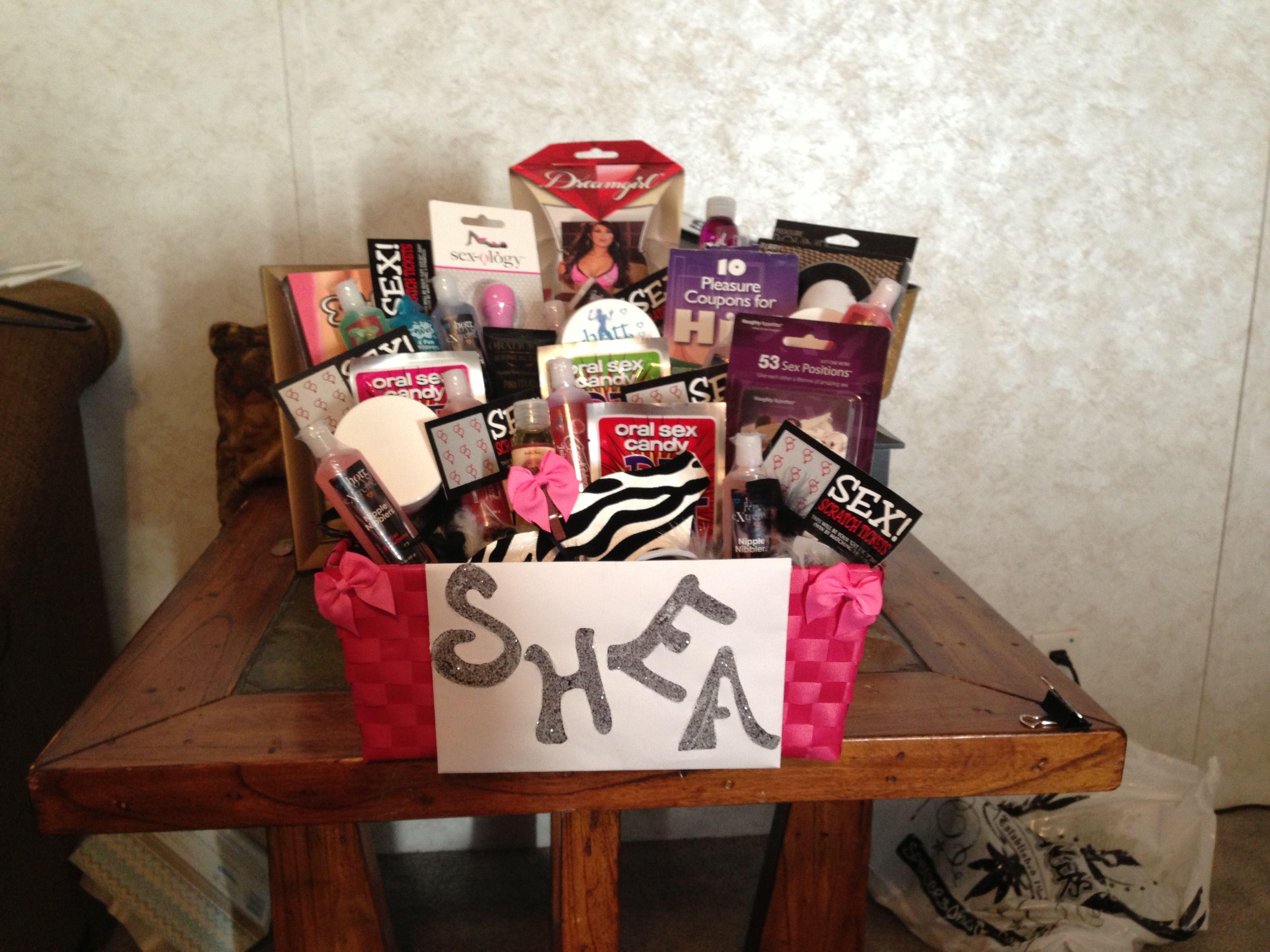 Bachelorette gift basket! Gifts Pinterest
