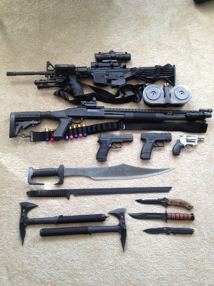 The basic essentials AR15 Mossberg 500 Tactical 12ga