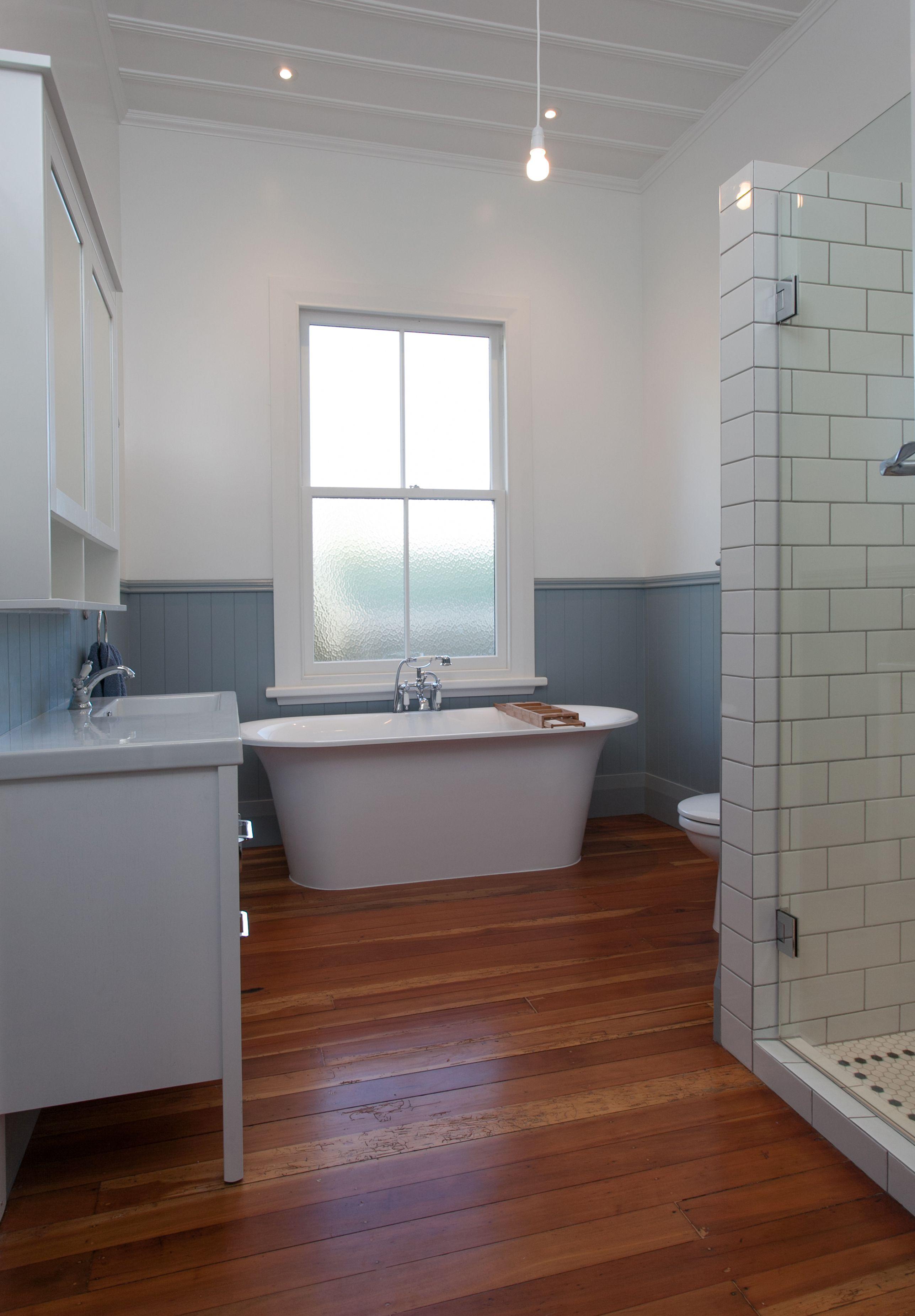 Renovated bathroom to 1900's Villa Cambridge, New