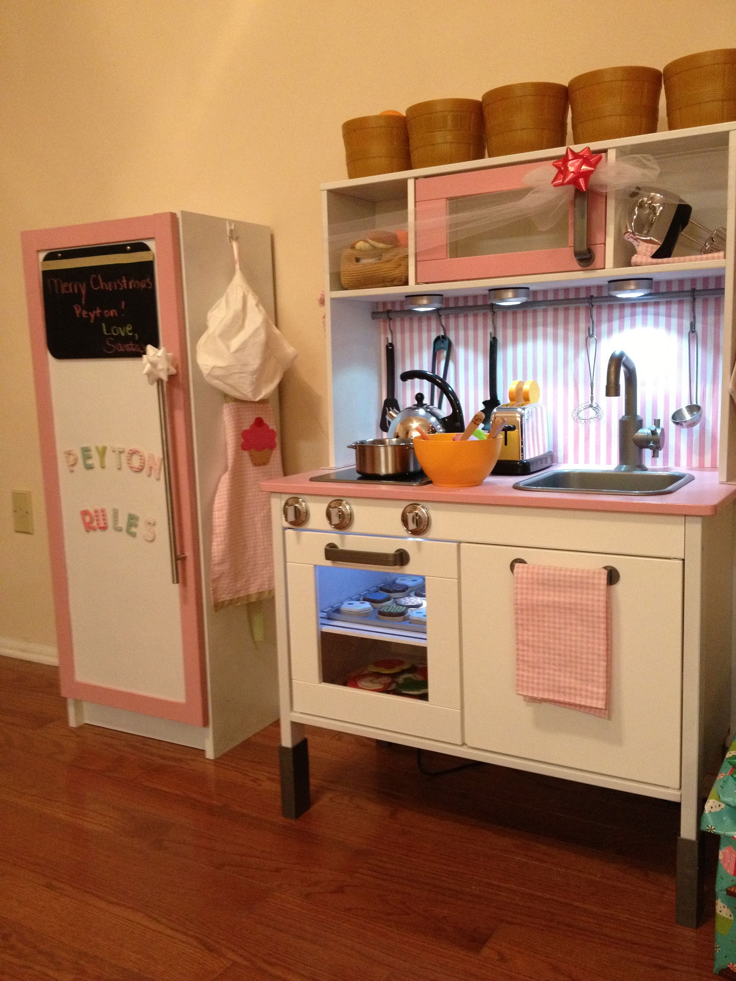 The 5 best DIY play kitchens Ikea play kitchen, Plays