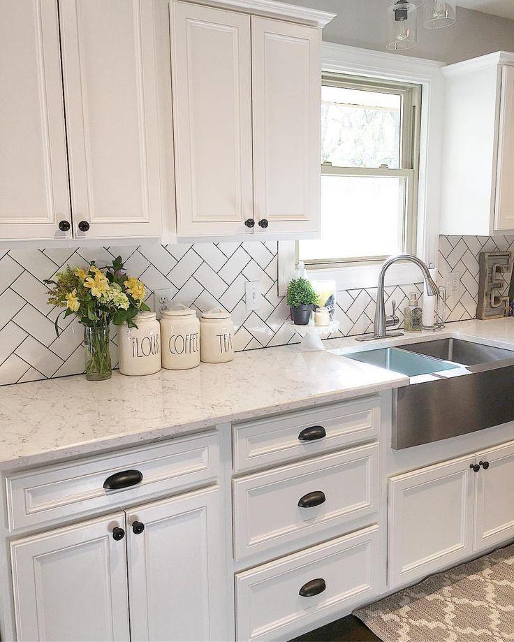 White kitchen, kitchen decor, subway tile, herringbone