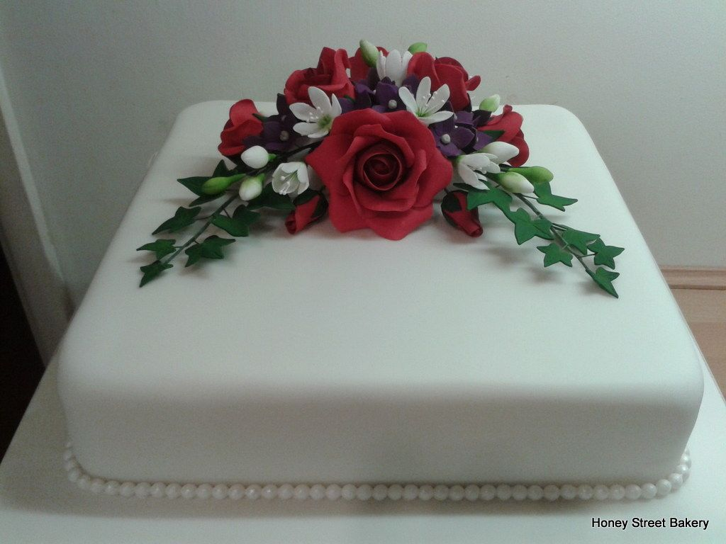 Classic Square Single Tier White Wedding Cake With Red