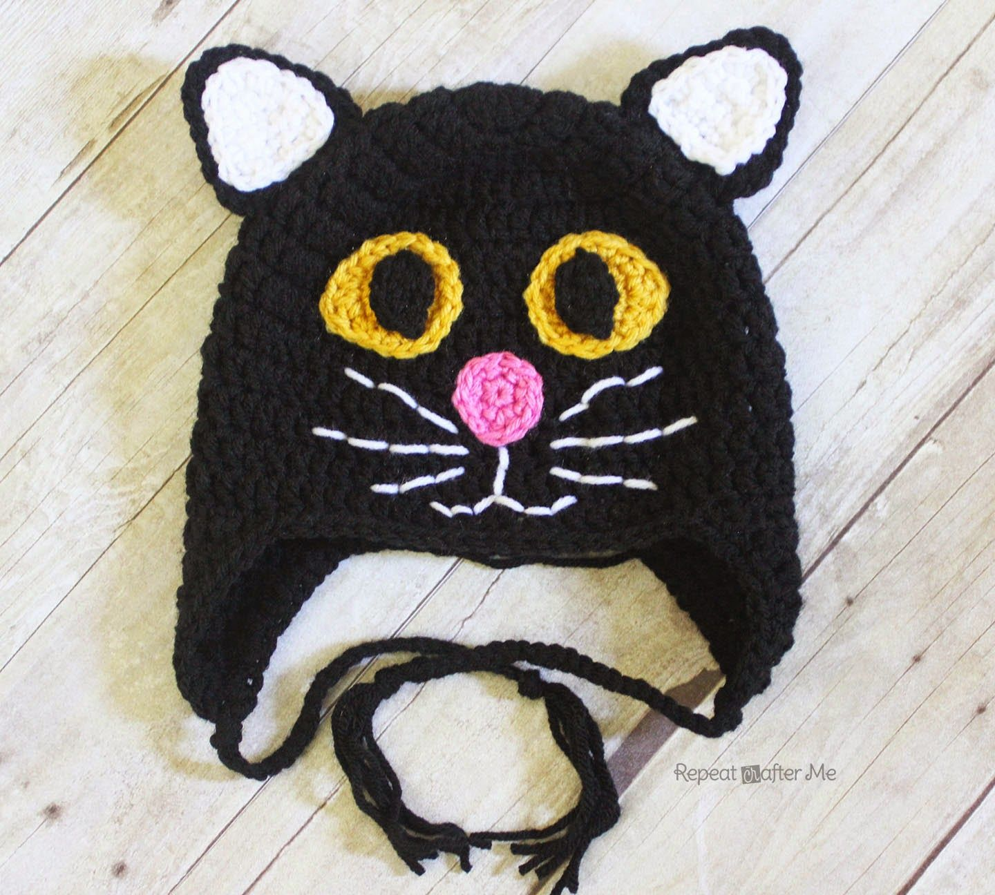Here is the purrrfect cat hat for Halloween! Or if you