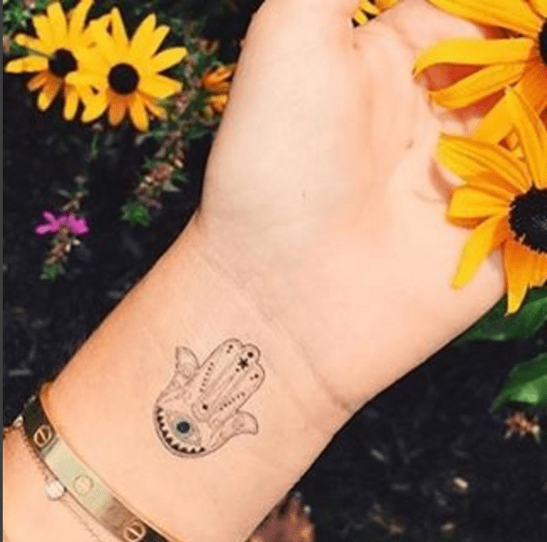 A N N S U N N Y ink Pinterest Small hamsa tattoo