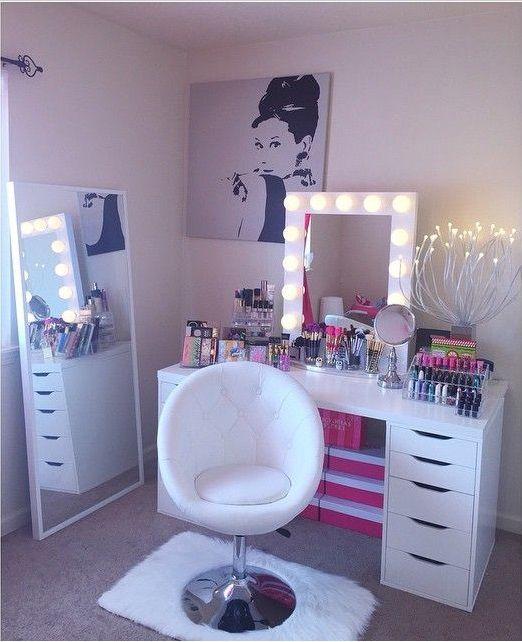 Best 25 Makeup Chair Ideas On Pinterest Dressing Table