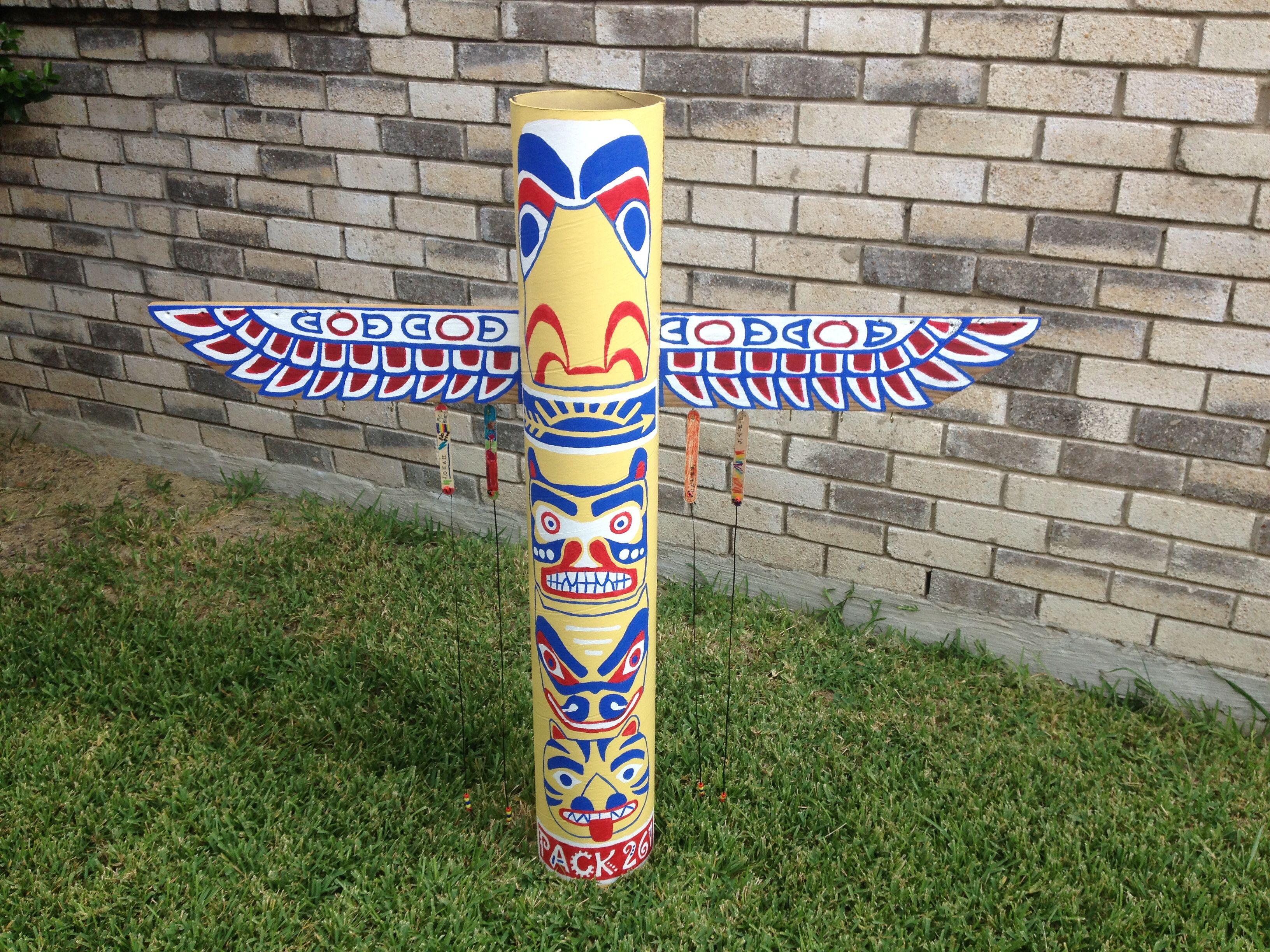 Cub Scout Den Doodle Totem Pole