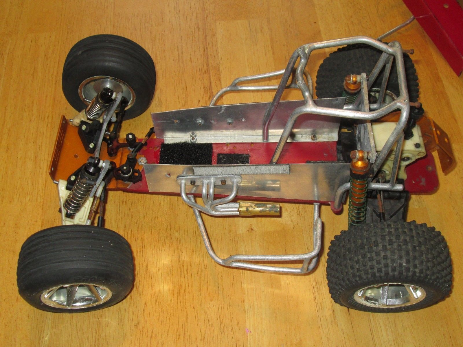 Vintage Associated Gold Pan RC Oval Track Conversion Hot
