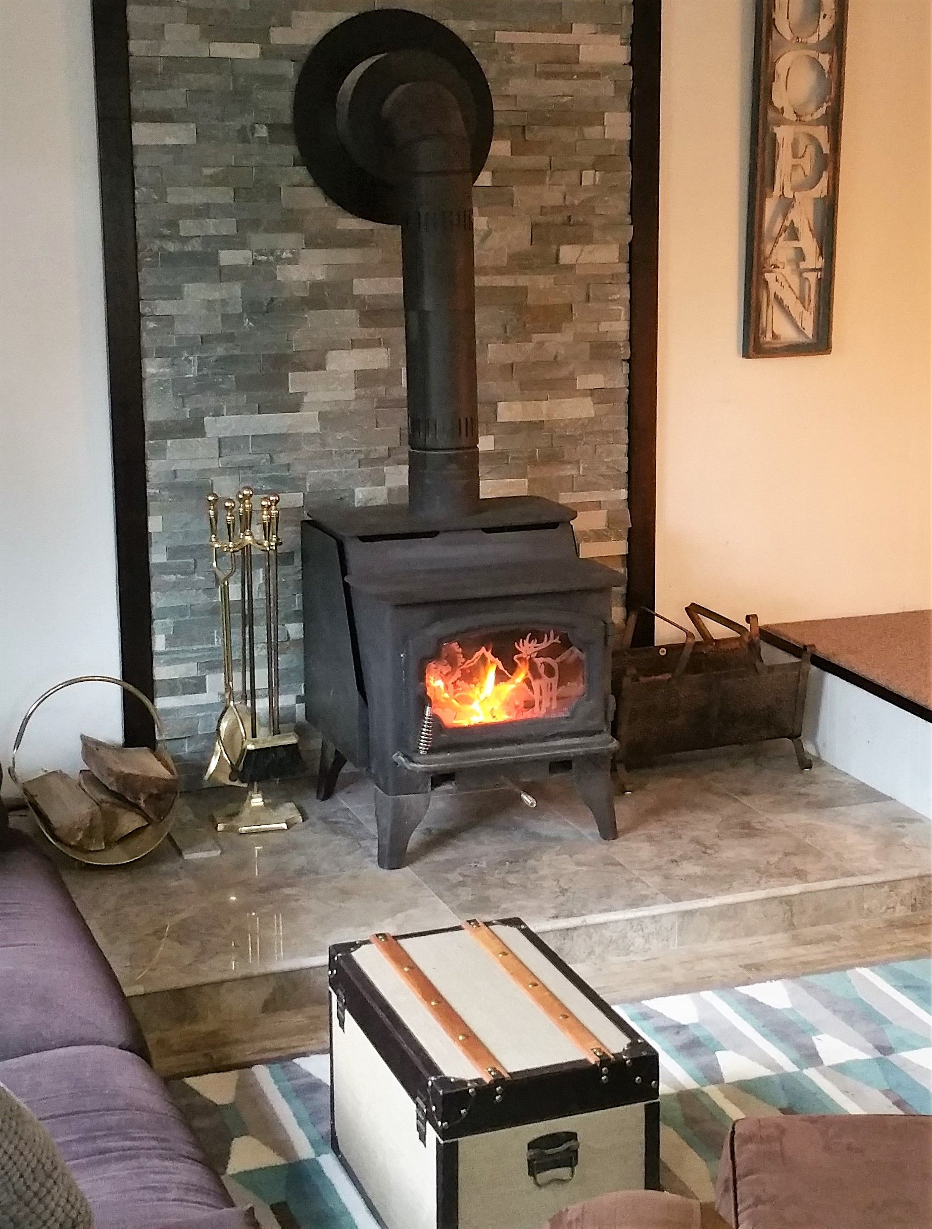 Sierra Blue Ledger Stone Accent Wall And Fireplace