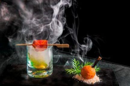 Paneer poppers with cinnamon smoked smoked Mango puree