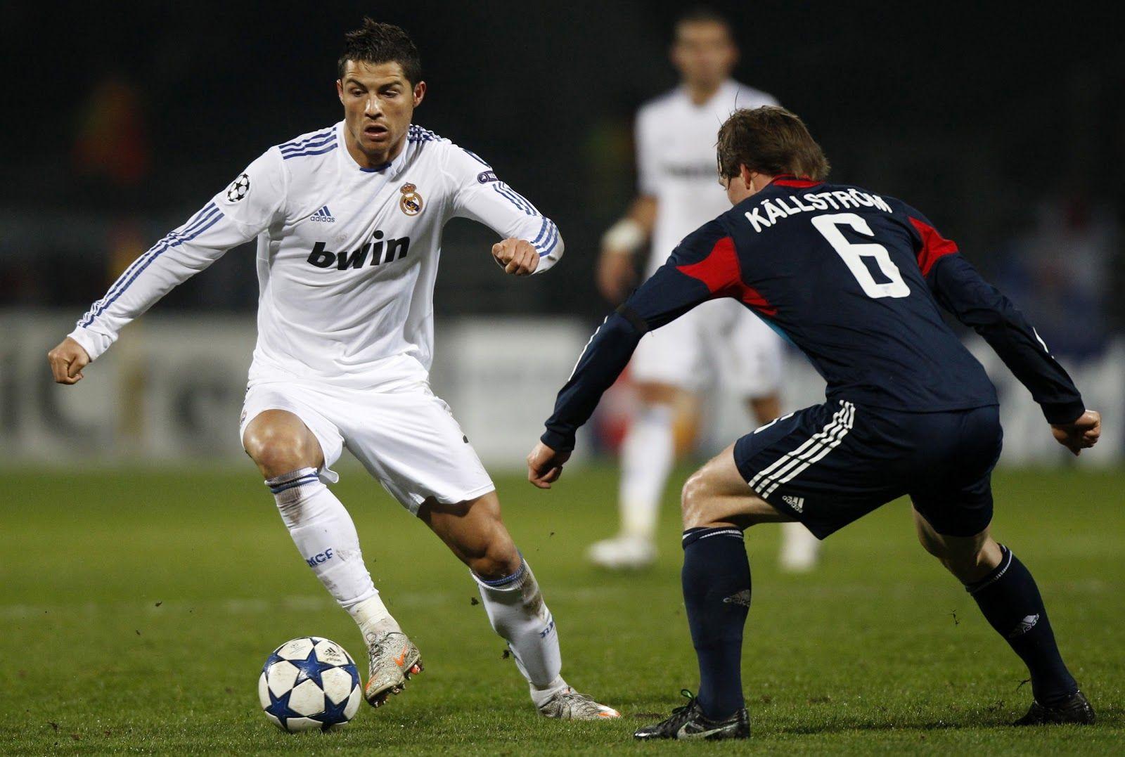 Cristiano Ronaldo SOCCER IS A KICK ASS SPORT... SPORTS