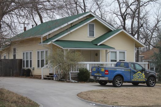 This House In Norman Ok Had A Full Roof Replacement With Tamko Glass Seal 25 Year Shingles And New Exterior Paint
