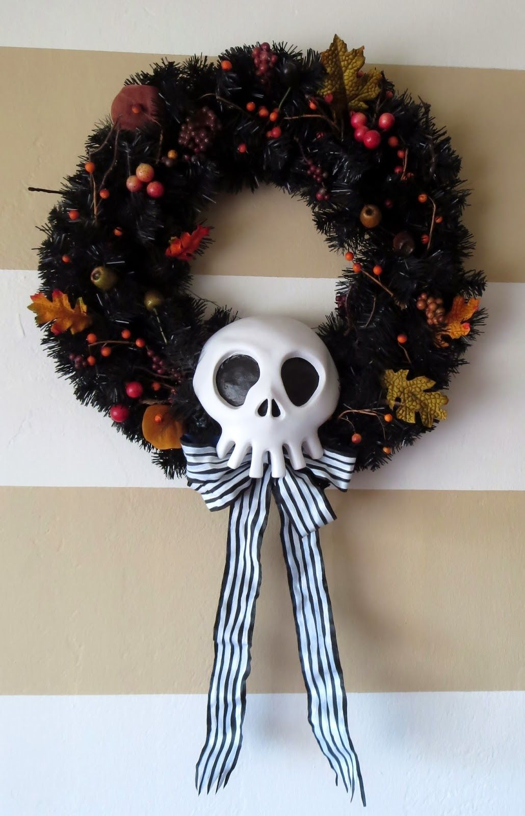 DIY Nightmare Before Christmas Halloween Props DIY