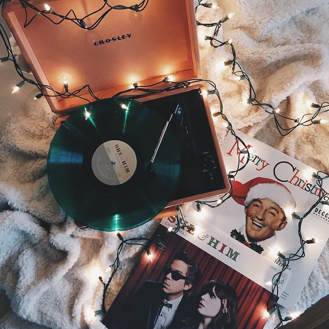 Getting in the spirit with saraaa_isabel. UOMusic 'Tis