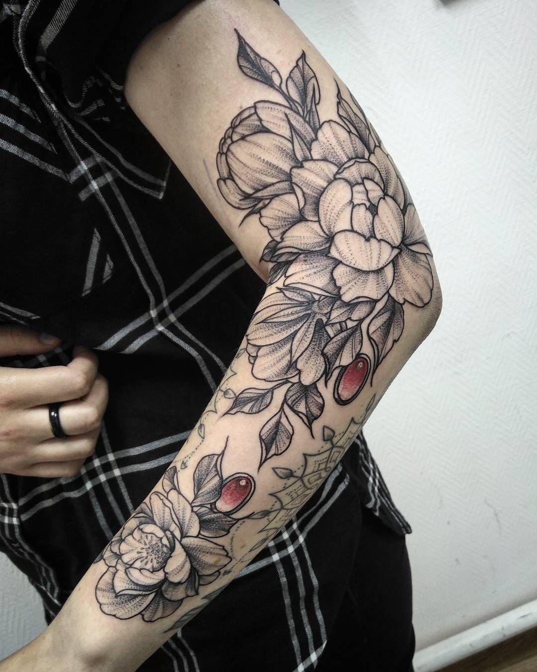 Girl Sleeve Tattoo with flowers Sleeve Tattoo Ideas