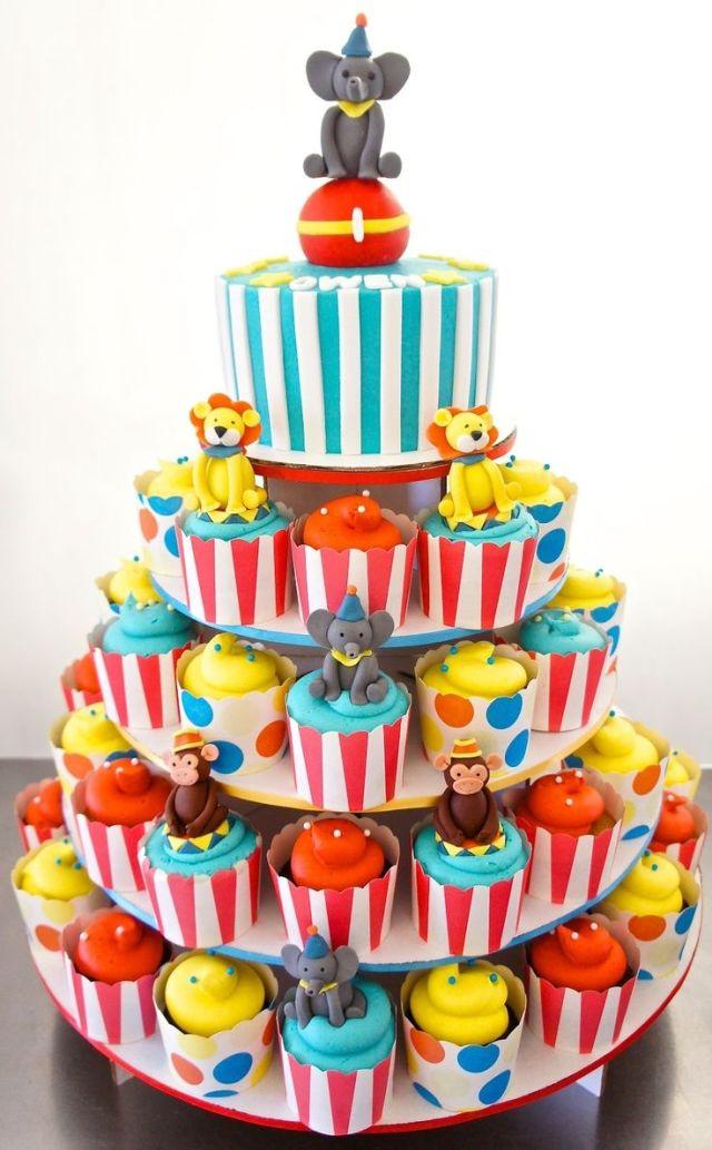 Circus cupcakes fun cupcakes pinterest circus