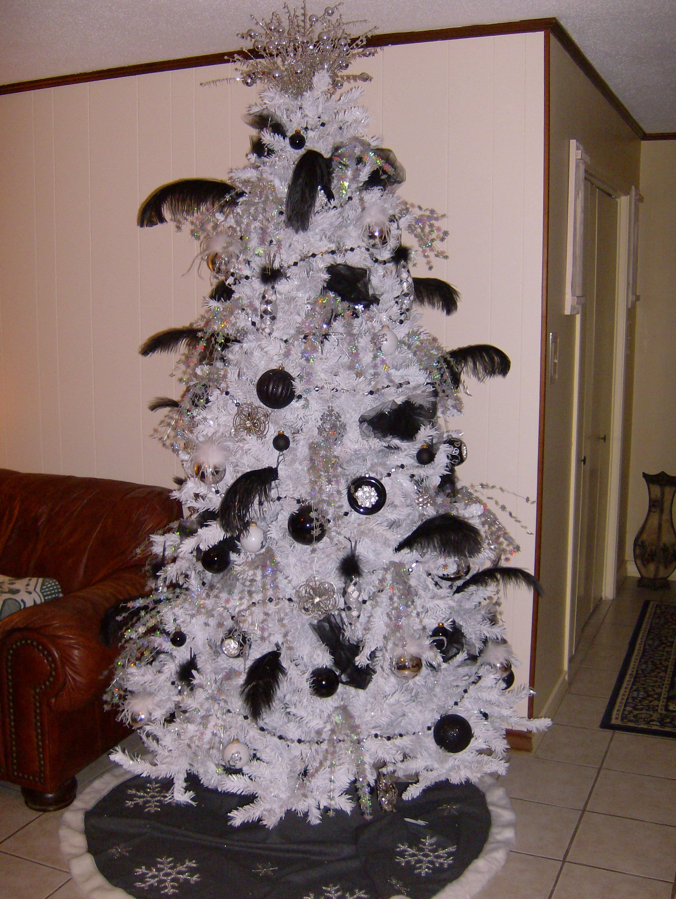 black and white christmas tree holiday stuff Pinterest