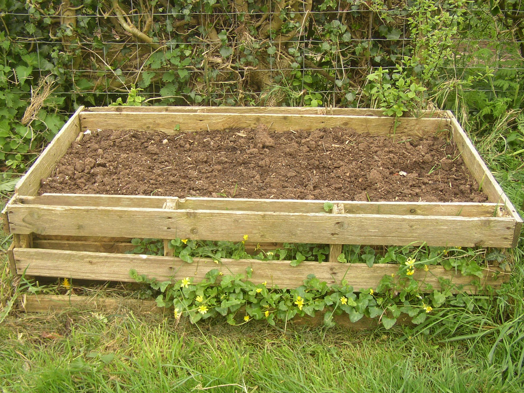 Pallet Planter Planters, Raised bed and Gardens
