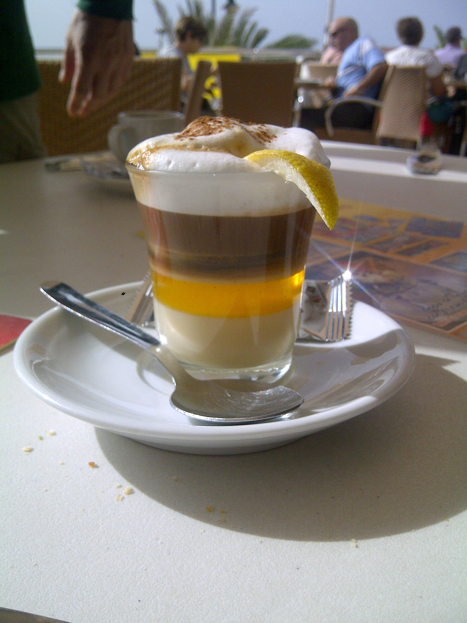 barraquito canario, one of the best coffee in the world