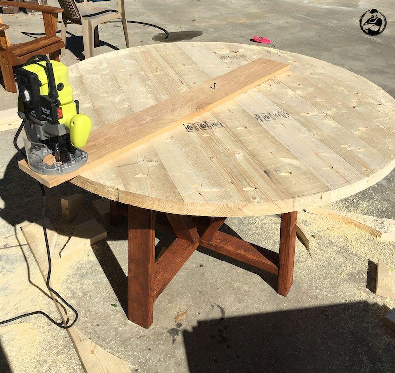 Round Trestle Dining Table { Free DIY Plans Trestle
