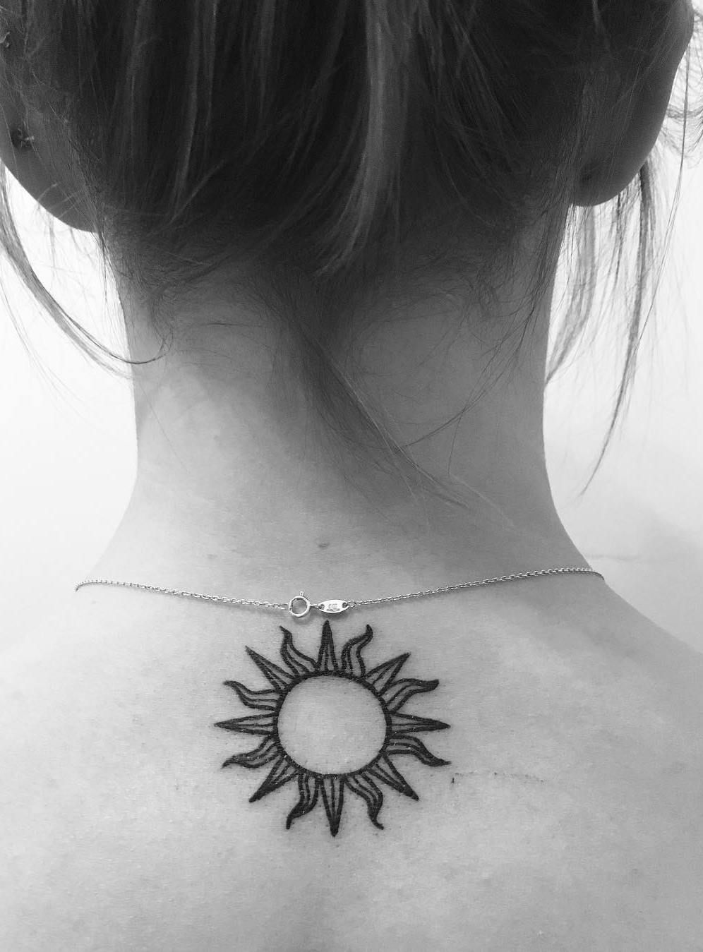 37 Cute and Meaningful Small Tattoo Designs Small tattoo
