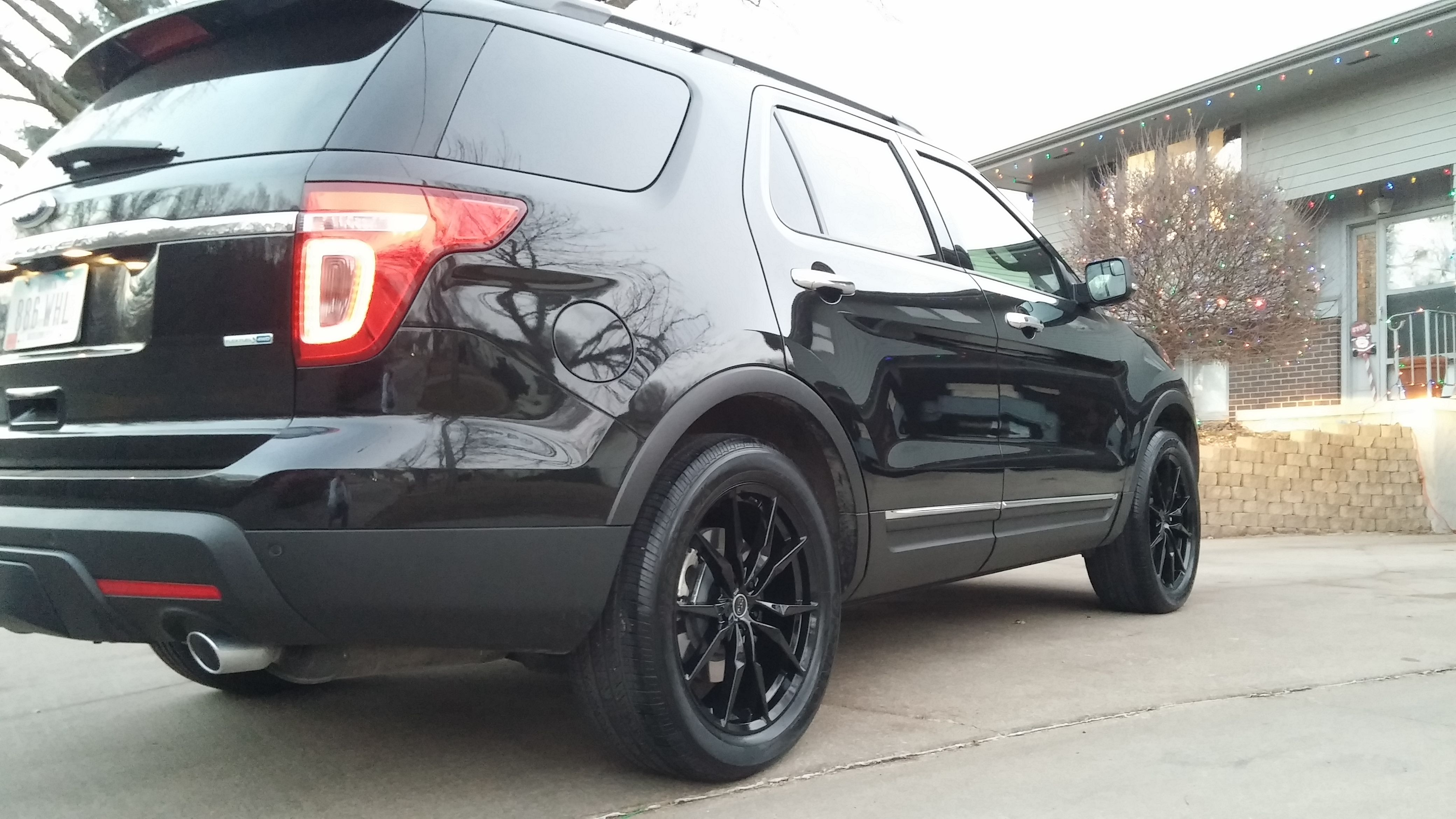"2015 Ford Explorer Black Status Toro 20"" Wheels 2015"