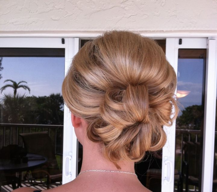 Low bun updo height at the crown Hair Styles Pinterest