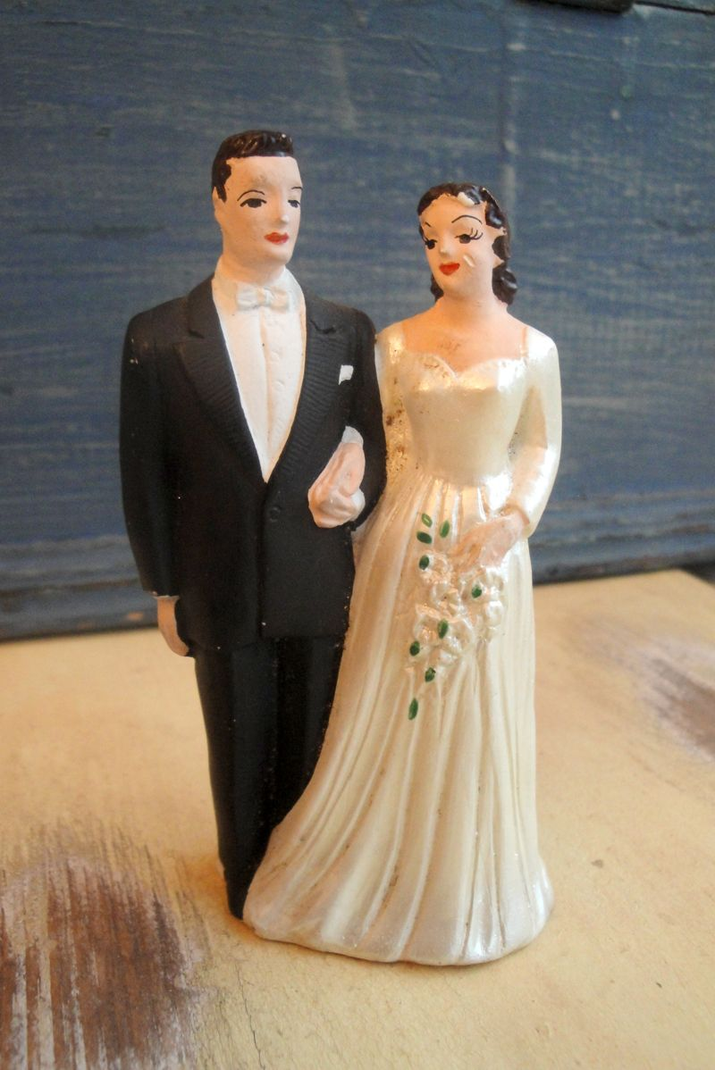 vintage wedding cake topper   Here Comes The Bride   Pinterest     vintage wedding cake topper