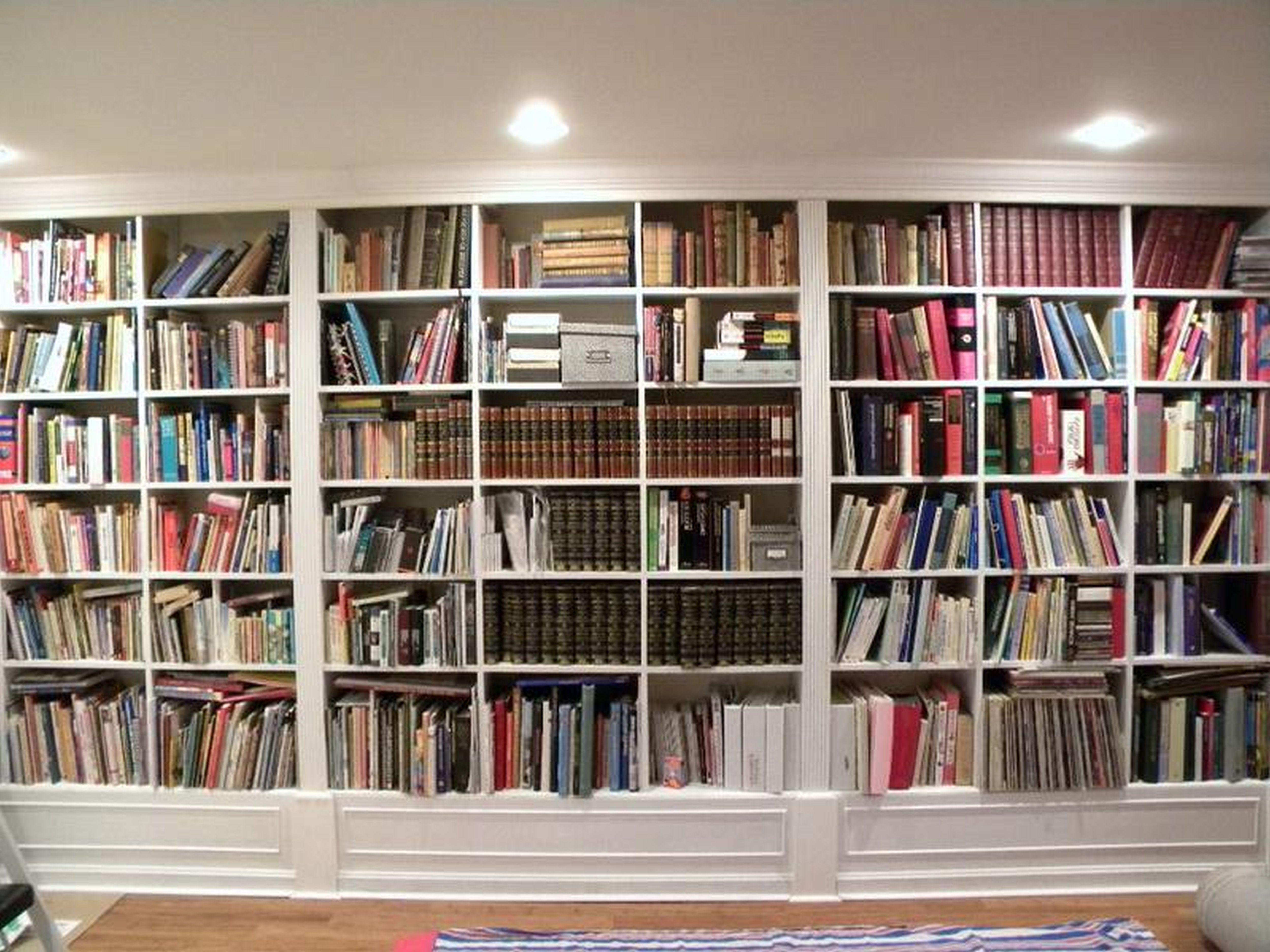 Gorgeous White Wooden Built In Large Bookshelf Ideas For