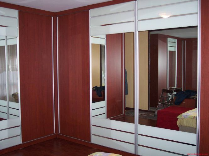 Bedroom Exciting White Mirrored Frames Doors Wardrobe Design With Wooden Panels Combination As Inspiring Clothes Cabinetry In Master Decors Perfect