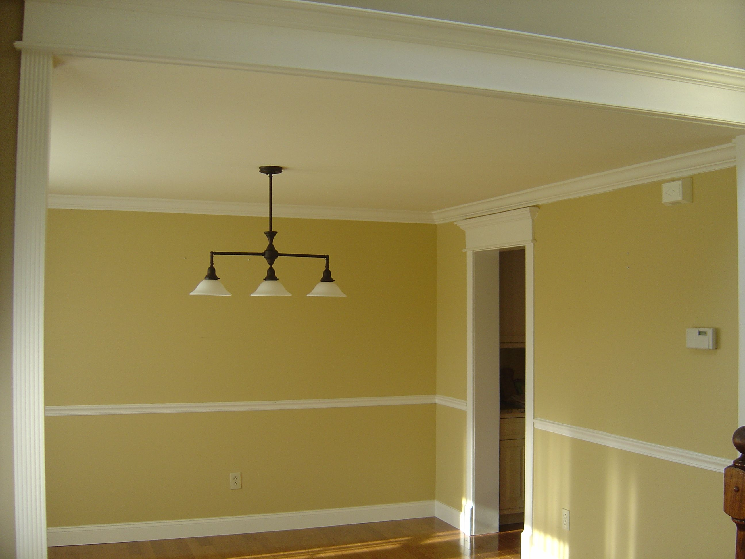 chair rail and crown molding House Project Ideas