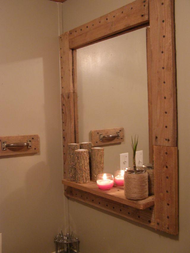 Amazing DIY Pallet Mirror Frame