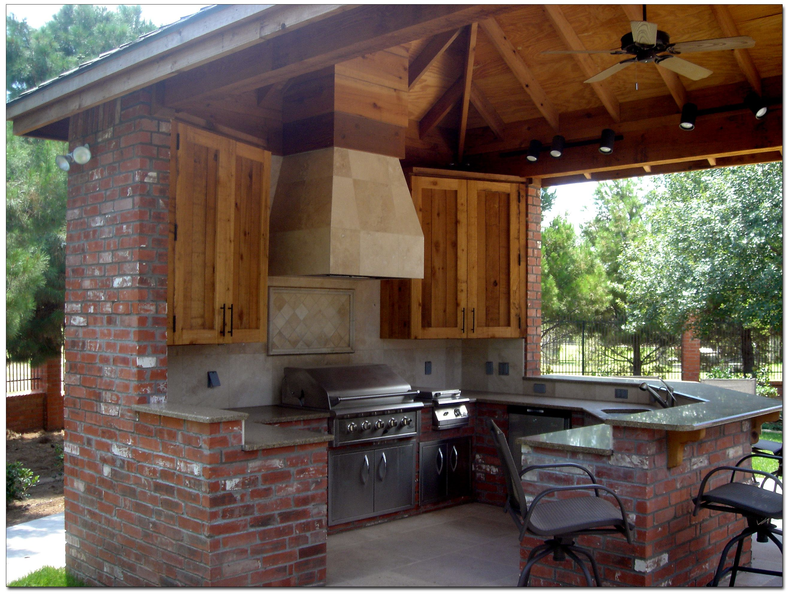 outdoor kitchens and pool designs Outdoor Kitchen