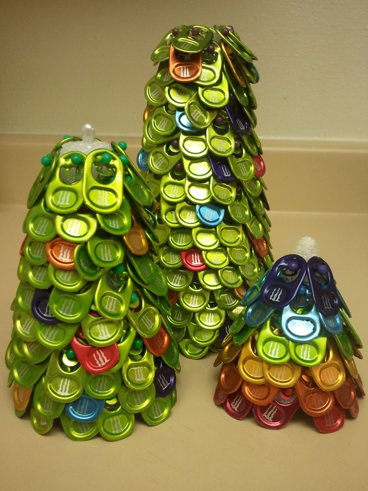 Colored Monster Tab Xmas Trees Pop Can Tab Crafts