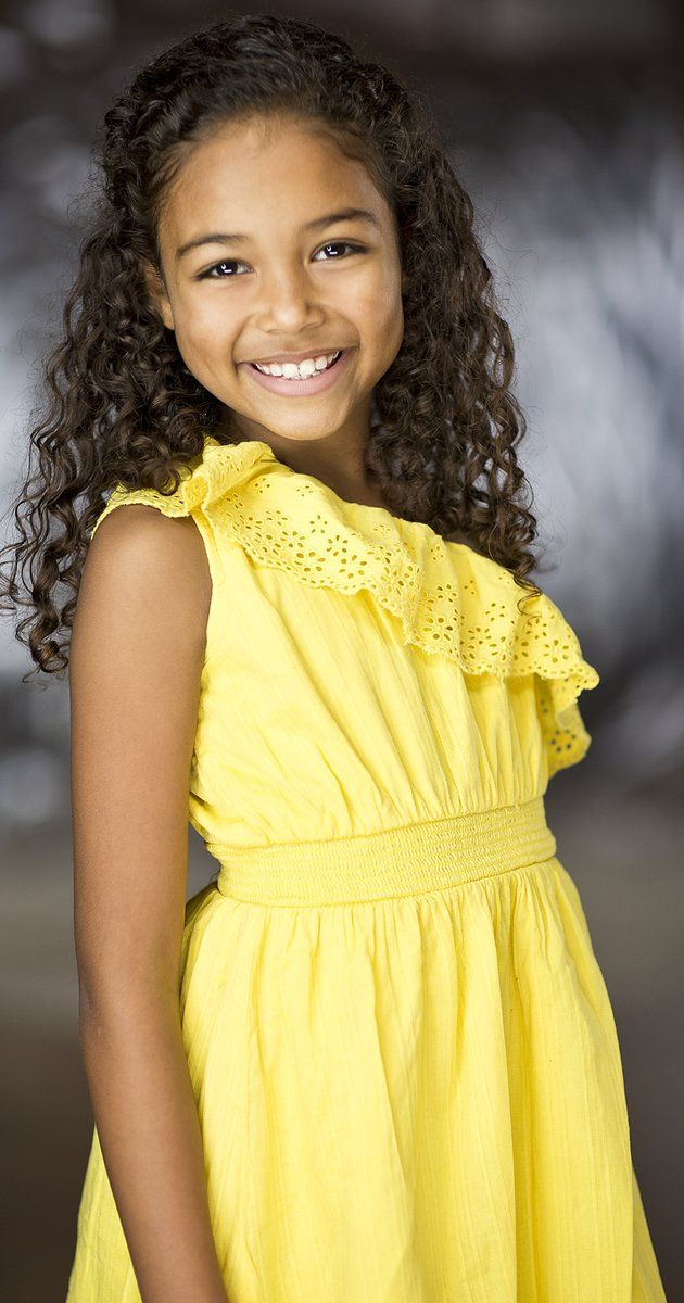 "Fantasy Cast Millie Davis as ""Mia"" Direct Message"