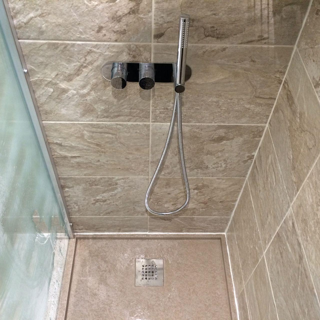 Shower Tray Fiora, Silex Tray, Cappucino. Shower Valve
