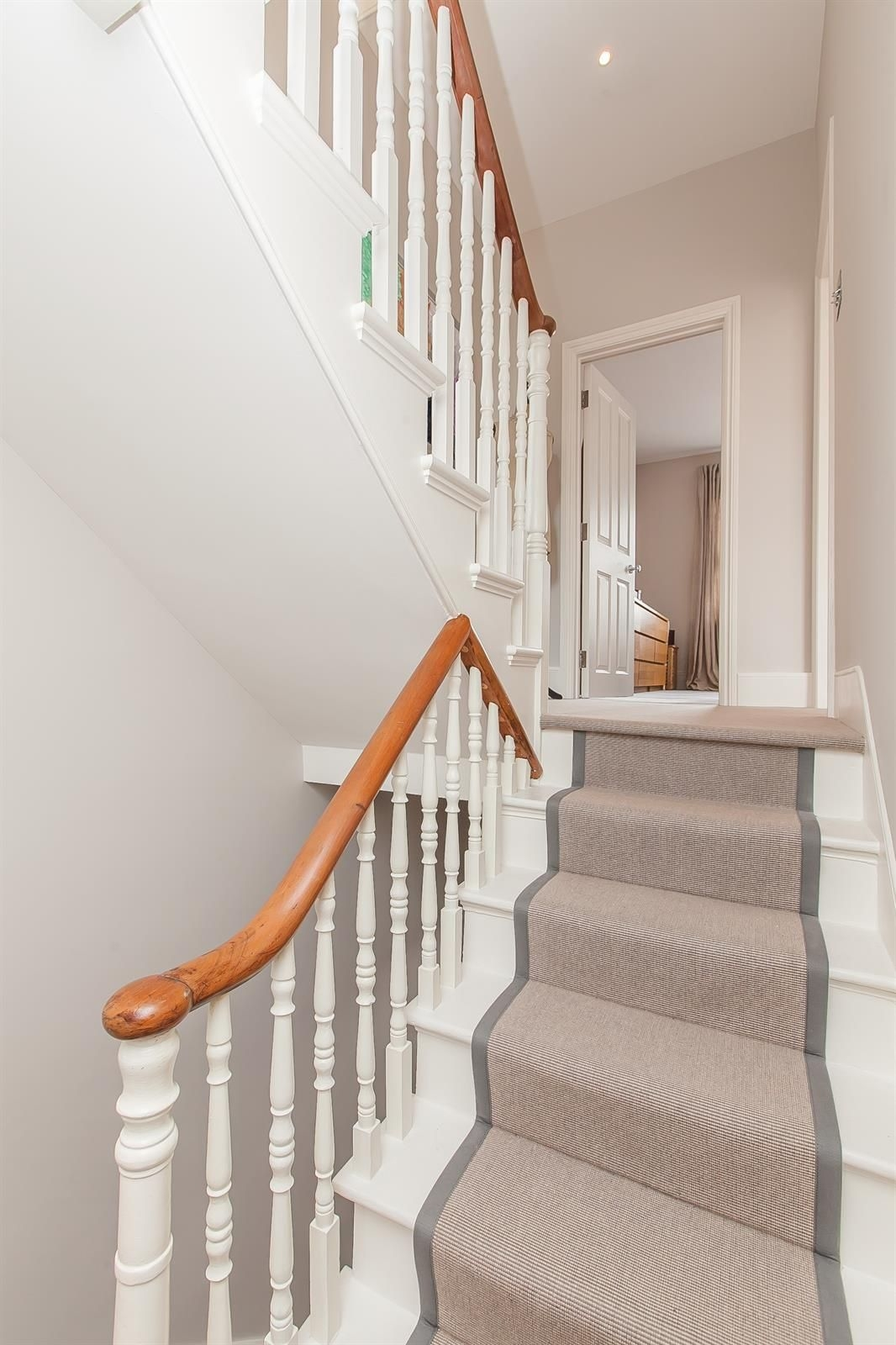 Stairs And Grey Carpet Www Bestpricepainter Com Dublin | Best Carpet For Stairs And Landing