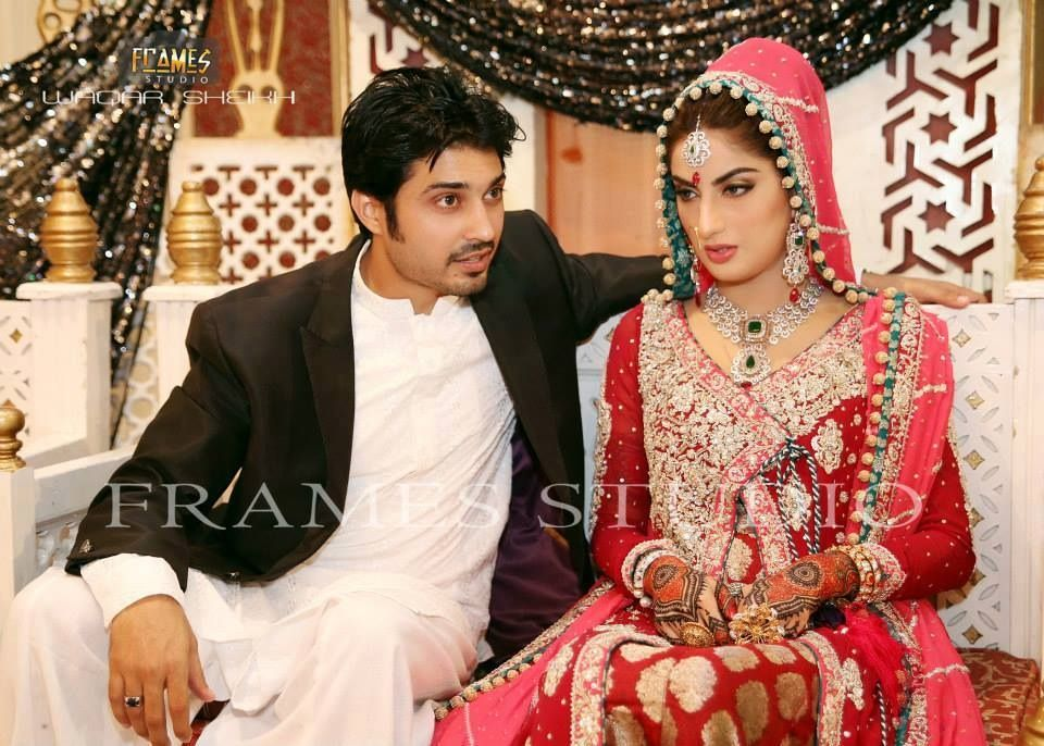 the late TV actress, Sarah Khan, on her valima with actor