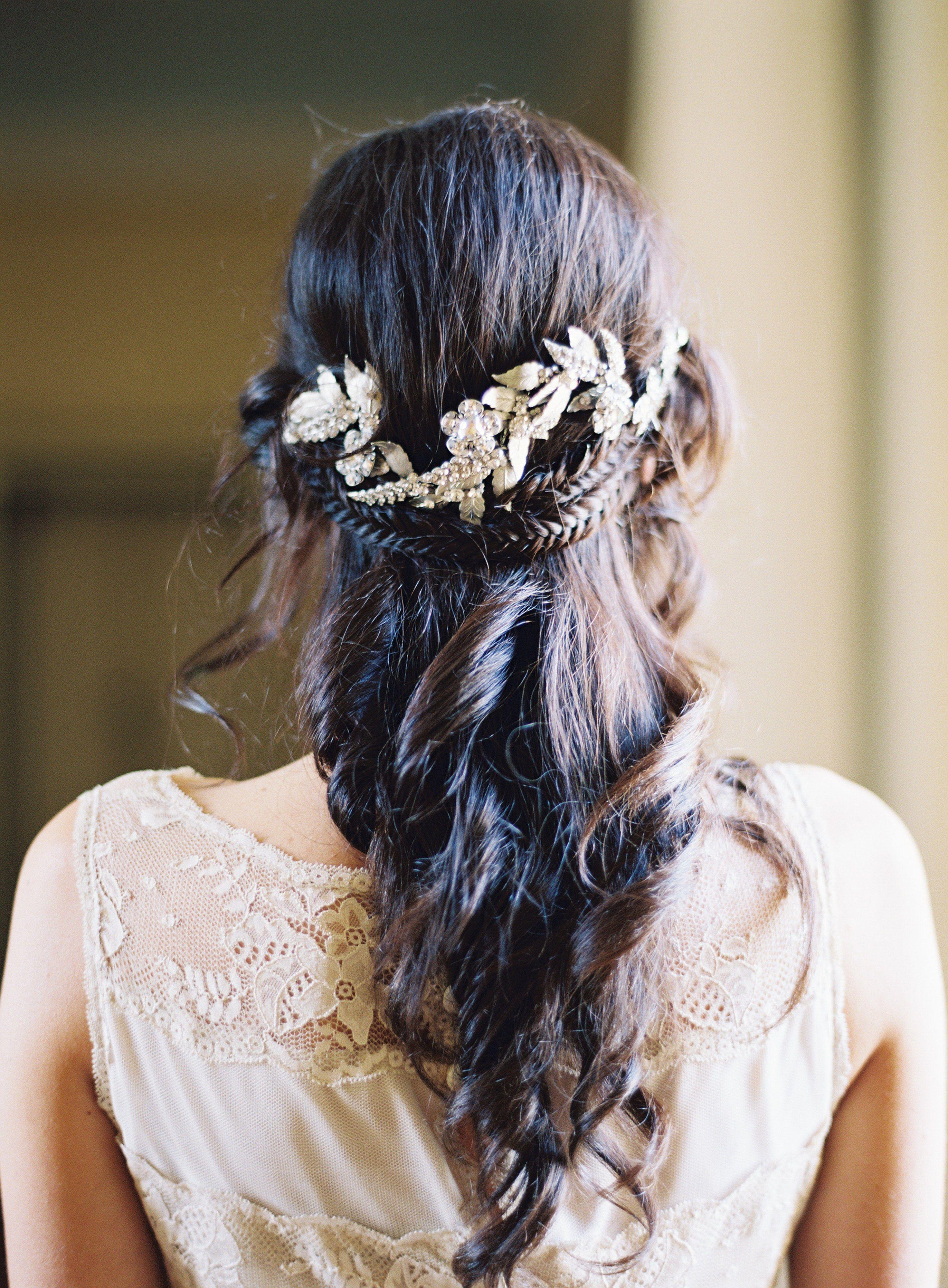 18 Gorgeous Half Up Half Down Wedding Hairstyles