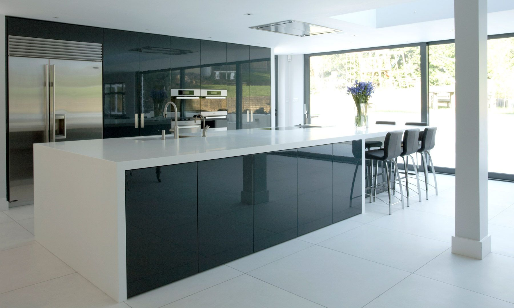 using high gloss tiles for kitchen is good interior from