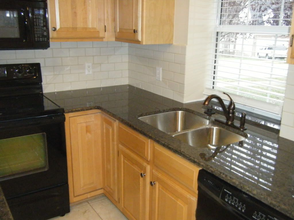 - Kitchen Ideas With Black Granite Countertops. 1000 Images About